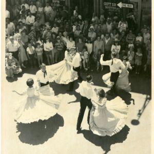 M123_Square_Dancers_012_result.jpg