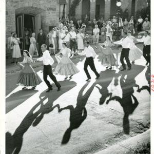 M123_Square_Dancers_011_result.jpg