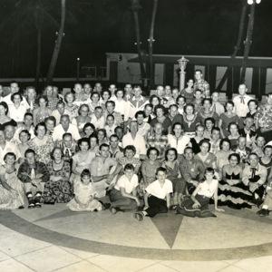 JimmyClossin_D050_0001_006_large group, on floor.jpg