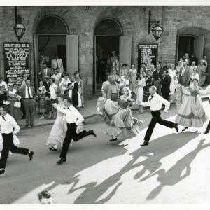 M123_Square_Dancers_026_result.jpg
